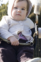 Solen on the swings