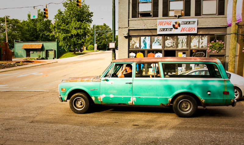 retro car ashevile