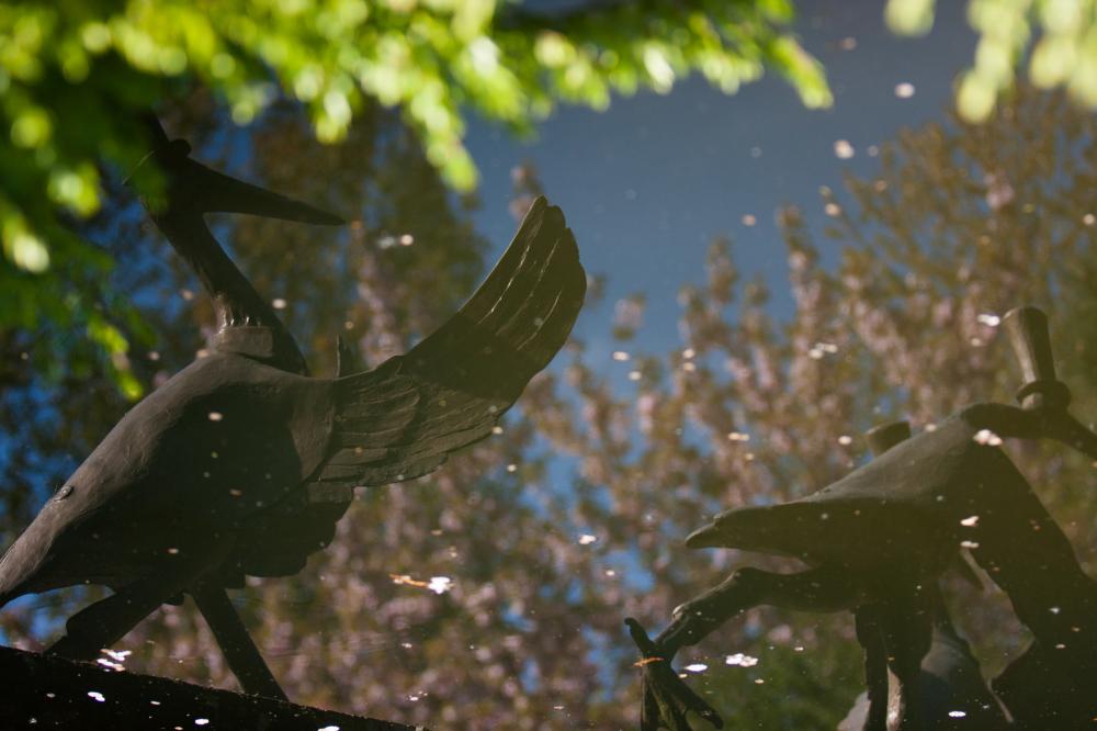 tom frantzen stork sculpture