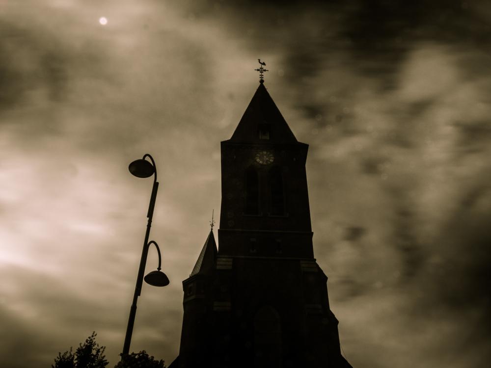 eizer church exposure