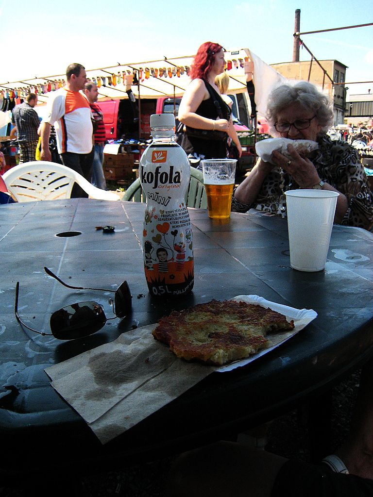 Kofola and a potato pancake at the Prague market