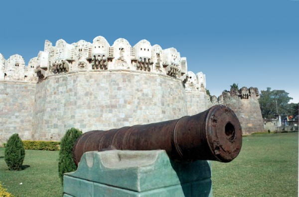 Tank Nozzle at Golconda