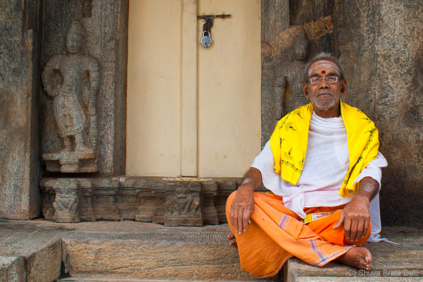 Agumbe trip #13: A brahmin at Sringeri temple