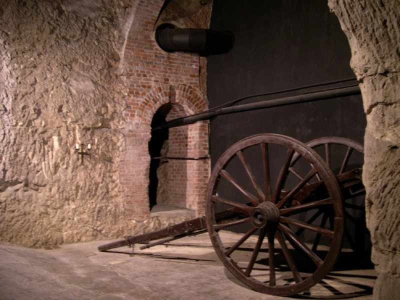 Wagon in the quarries of chalk