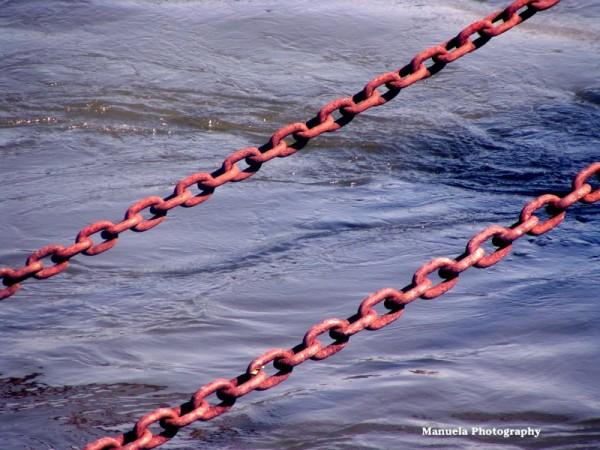 rhine river dock harbor chain rust koeln germany