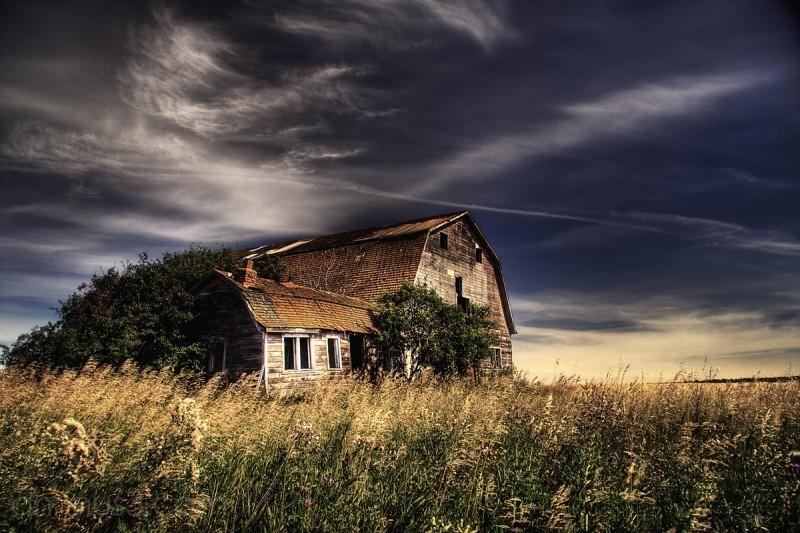 Abandoned barn near Ft. Saskatchewan, Alberta