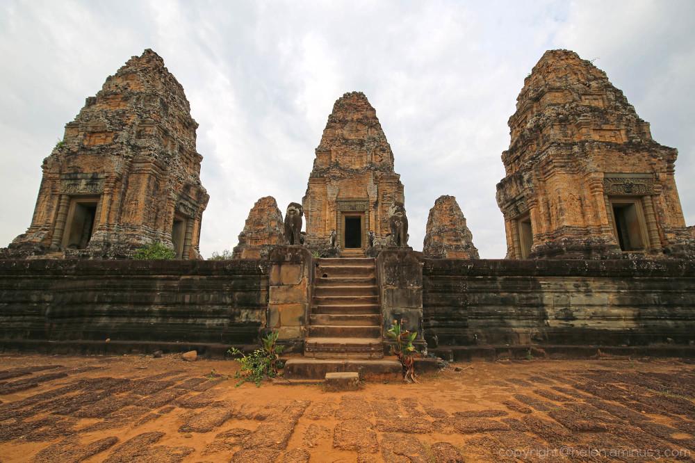 Angkor: East Mebon temple