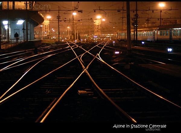 Alone in Stazione Centrale
