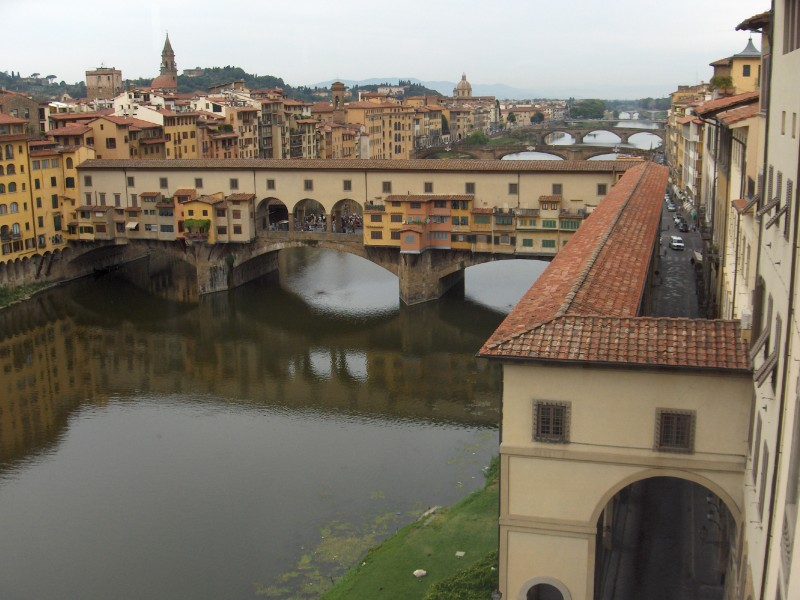 River Arno and  Bridge Vecchio