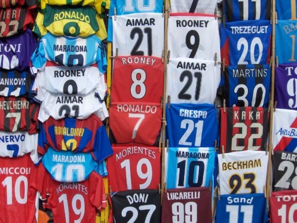As camisolas dos heróis do futebol