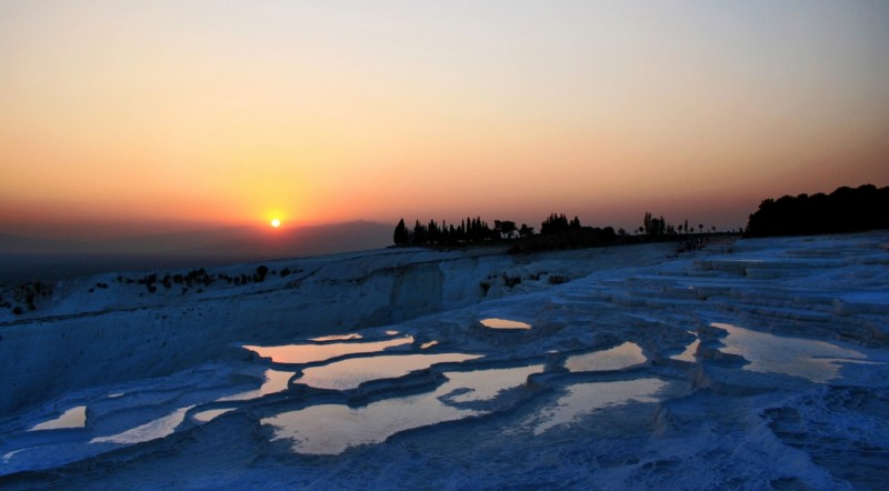 Sunset in Pamukkale VI
