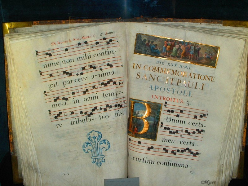 libro di canti religiosi