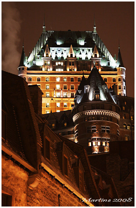 Quebec by night