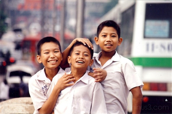 3 Schoolboys in Bangkok