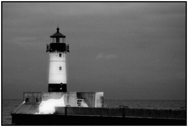Lighthouse Duluth pier