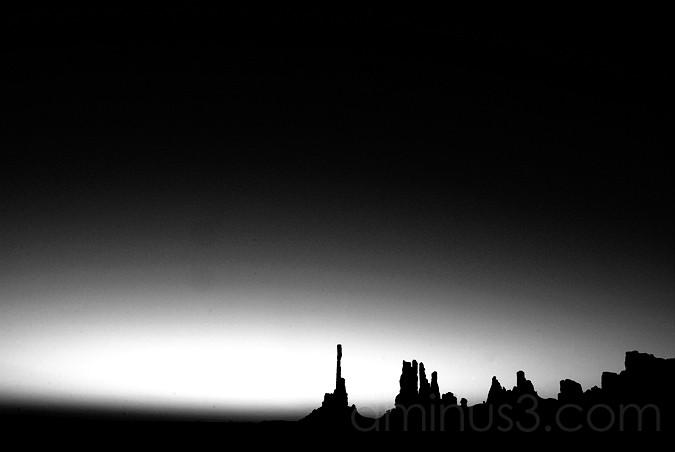 Totem Pole Sunrise, Monument Valley Tribal Park