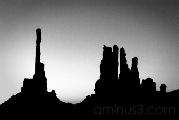 Totem Pole Sunrise, Monument Valley Tribal Park