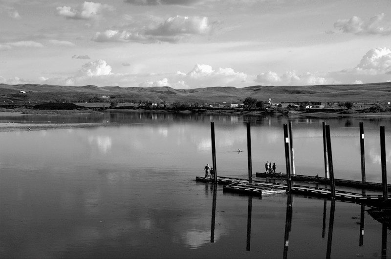 Docks at Farewell Bend.