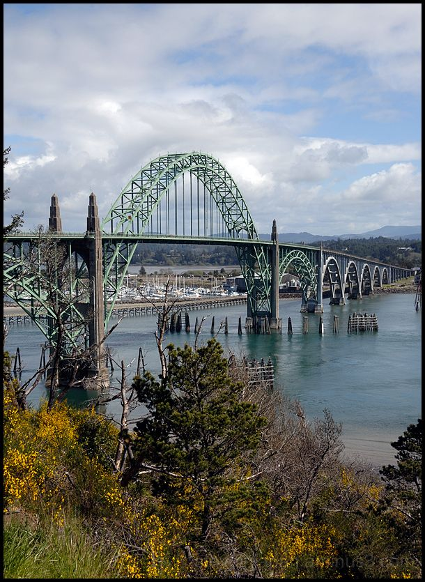 The Yaquina Bay Bridge at Newport, OR, USA.