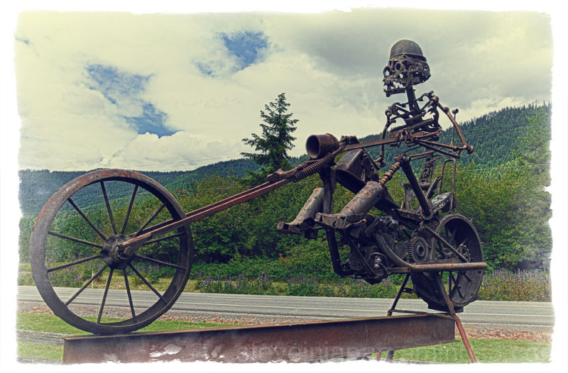 An easy rider made from recycled iron.