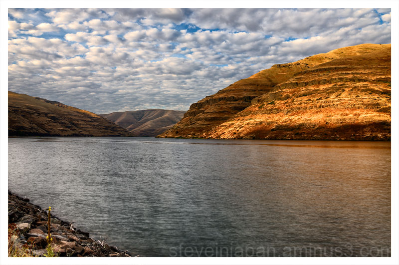 The Snake River helps define the Palouse.