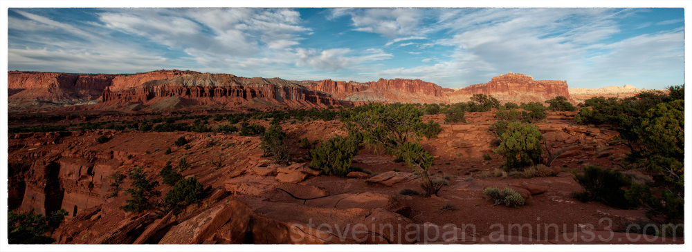 Sunset at the Goosenecks in Capitol Reef NP.