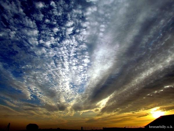 heatwave clouds sunset sky bronzebilly