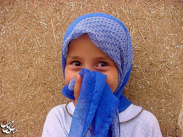 A little Afghan girl