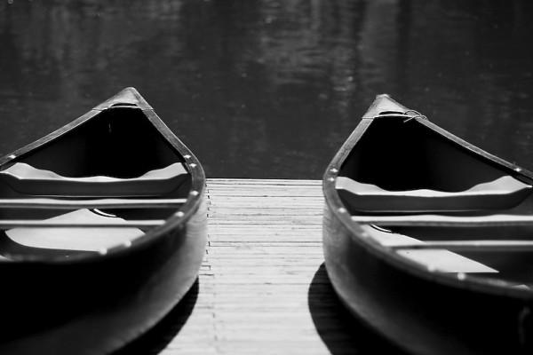 2 Canoes