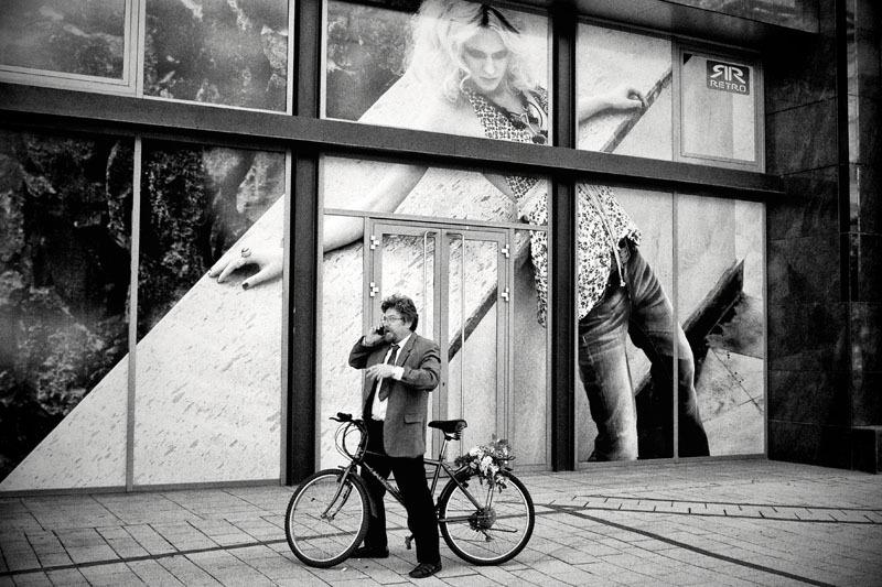 janos kummer budapest streetphotography váci út