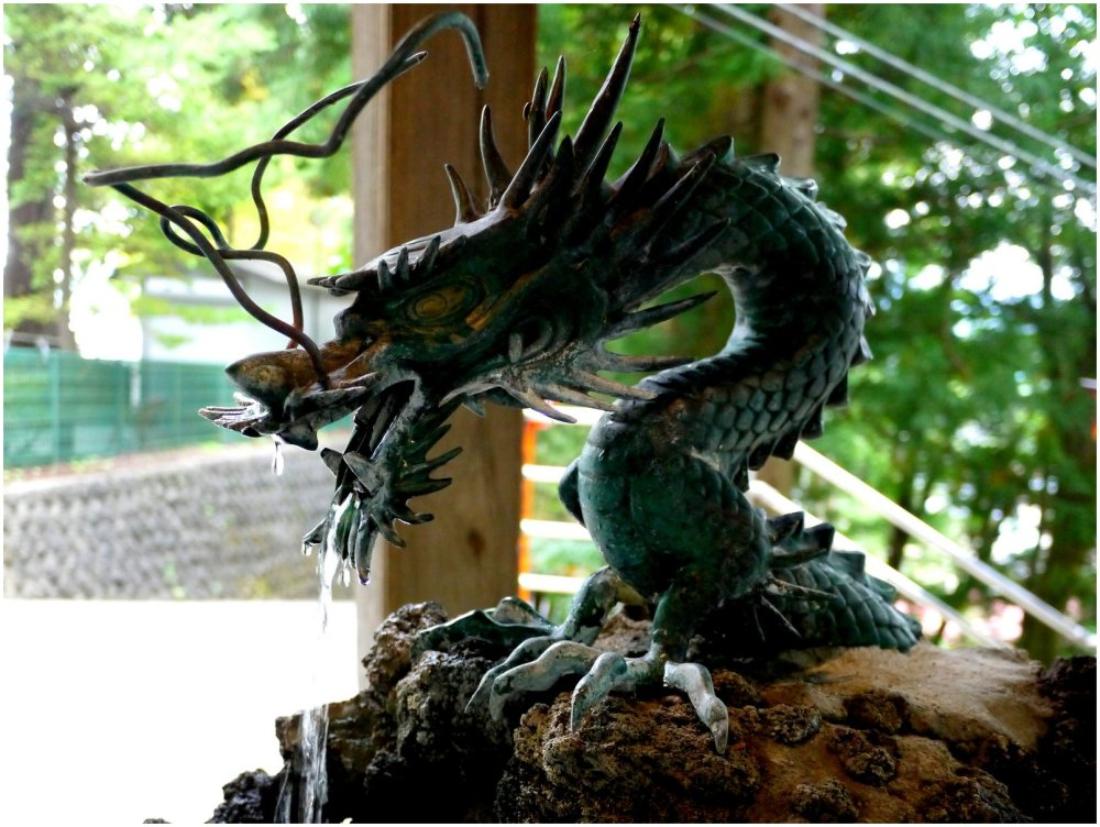 Japanese dragon at a Shinto Shrine