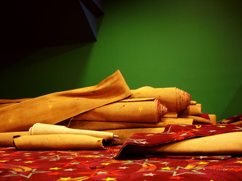carpet colors in cinema movie