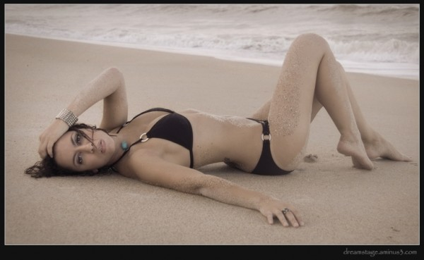 Tiffany on the rough sand