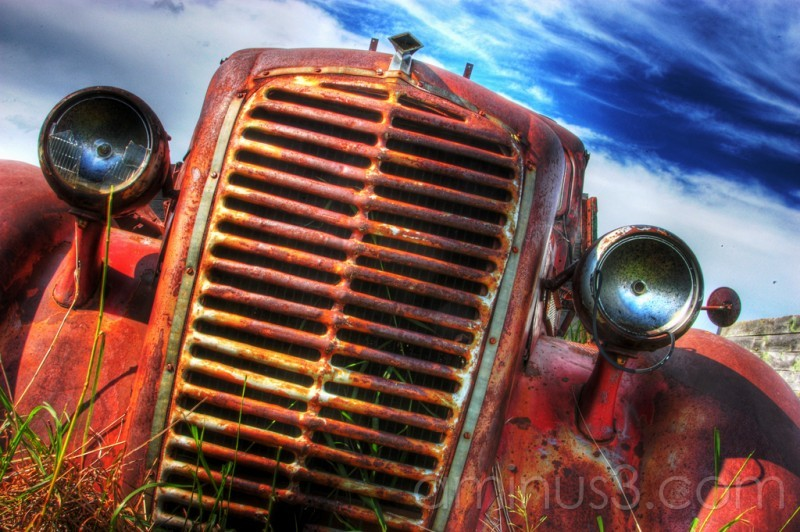HDR truck old antique grill