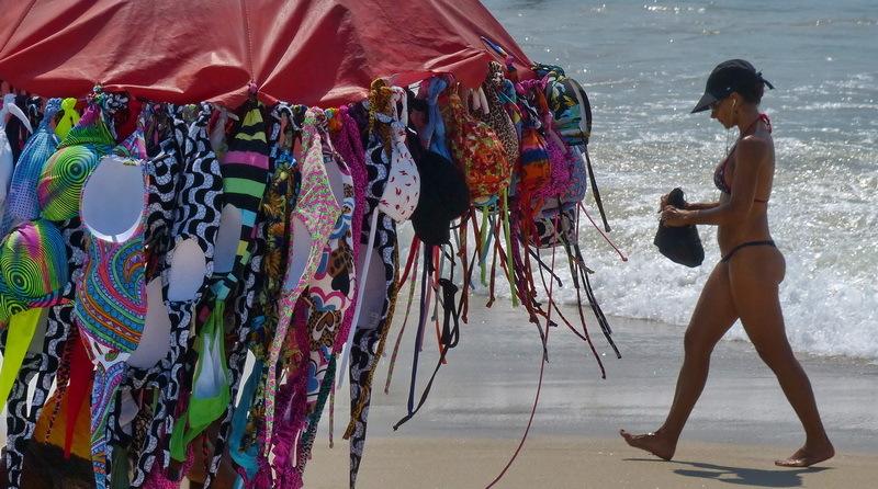 55/ rio / copacabana / bikinis