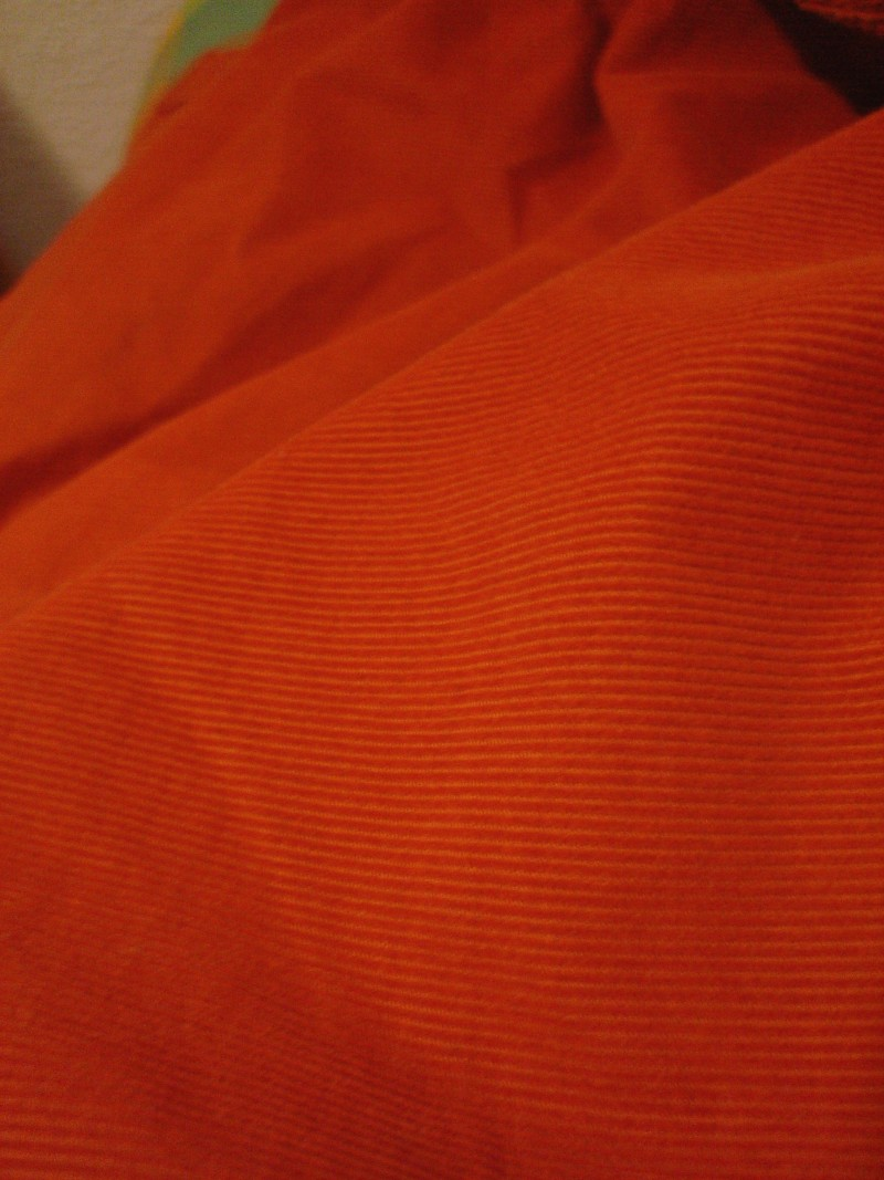Colores: Naranja   /   Colors: Orange