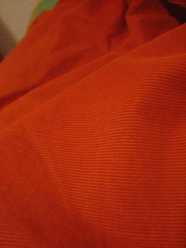 Colores: Naranja   /   Colors: Orange
