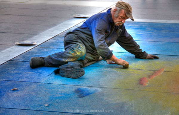 Street Artist in Paris 2