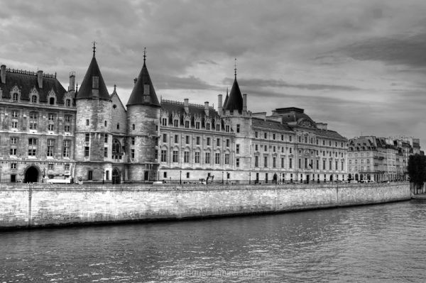 Paris France la Conciergerie