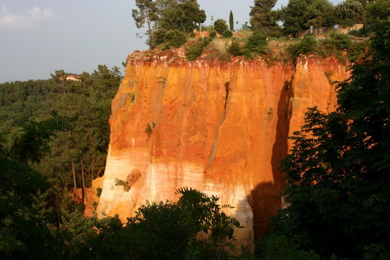 Cliff in Roussillon, France