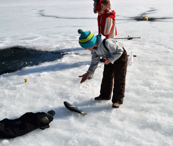 france chatel ice fishing fish children
