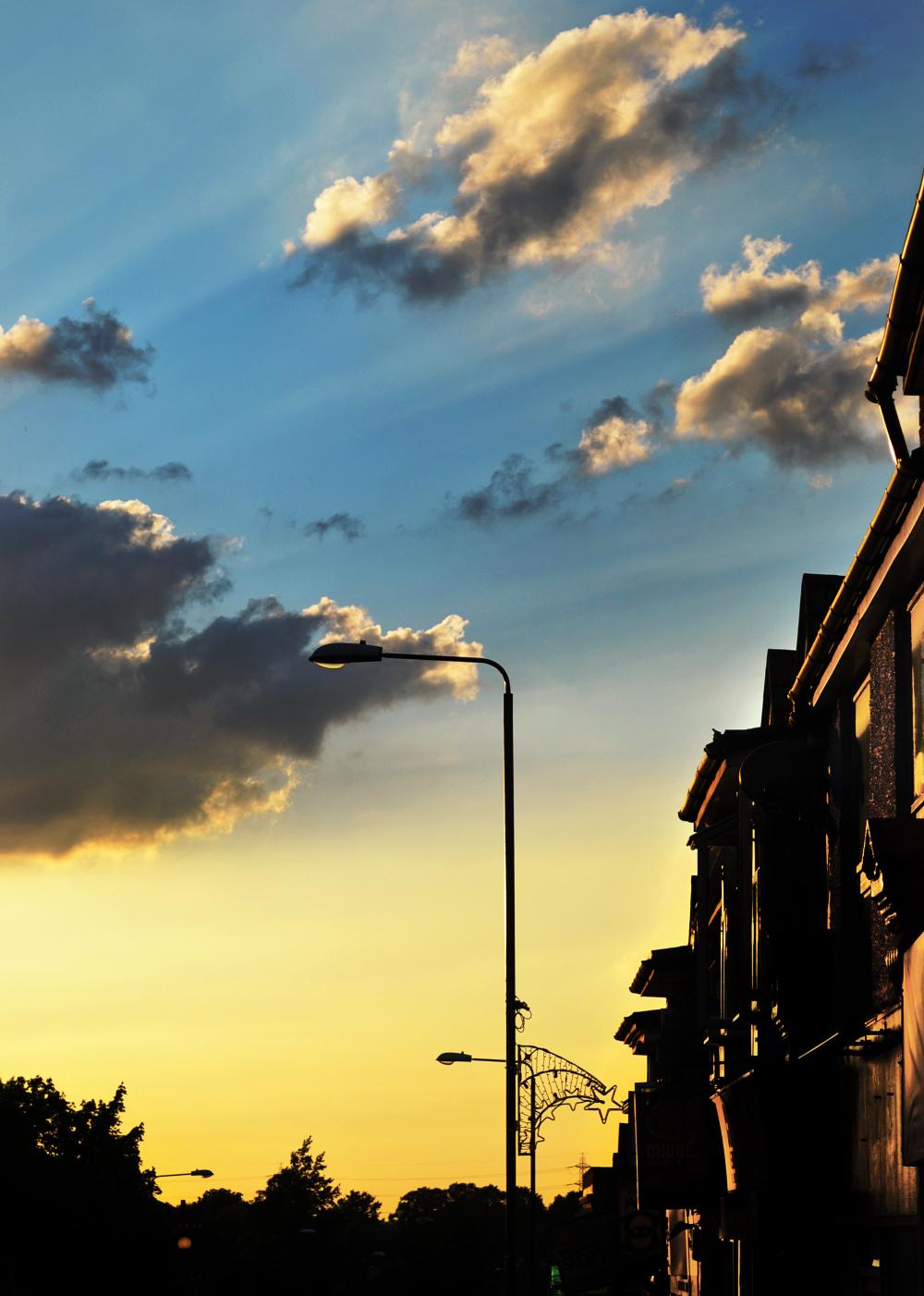 worcester-park england sunset street lamp