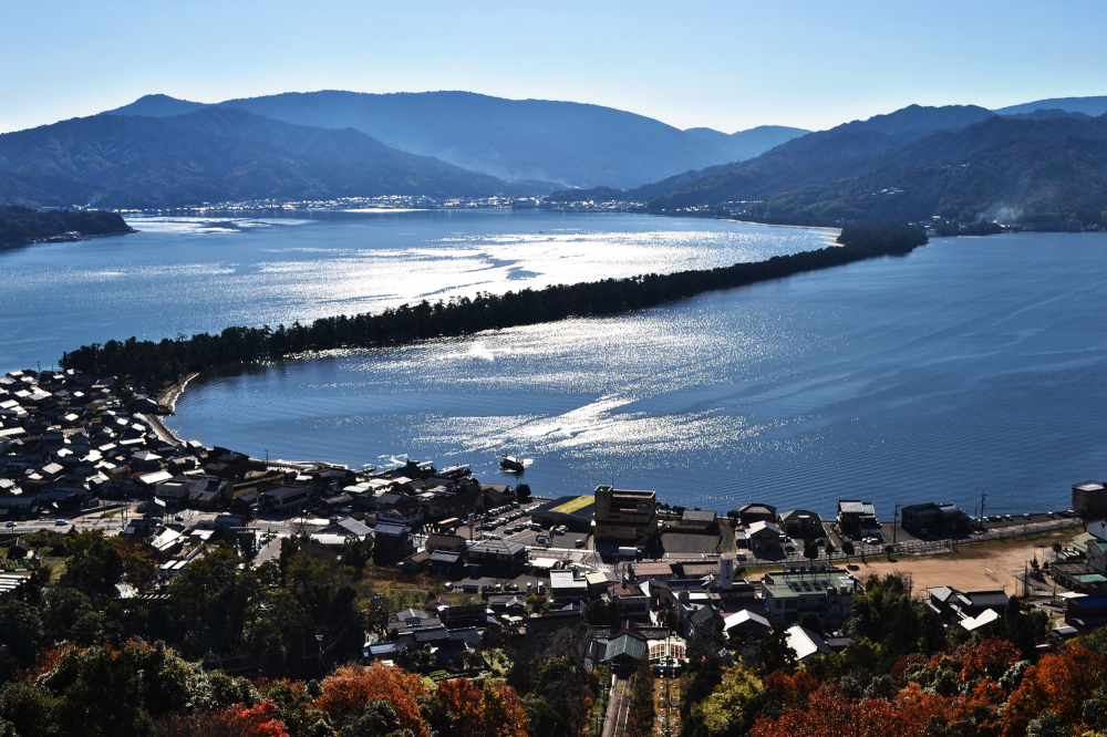 japan kyoto amanohashidate sea mountain