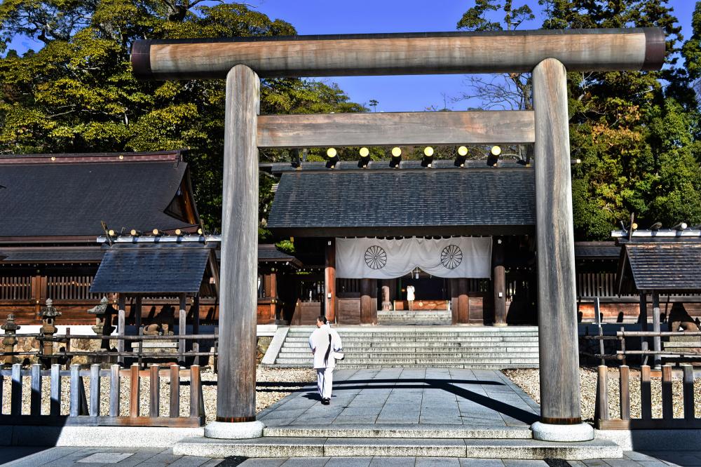 japan kyoto amanohashidate shrine torii