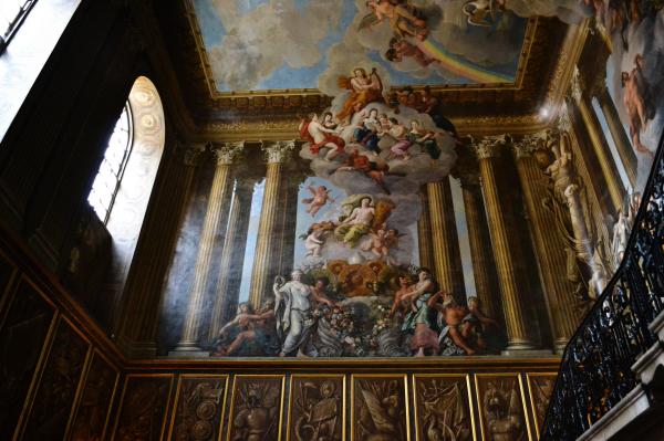 hampton-court palace england ceiling painting