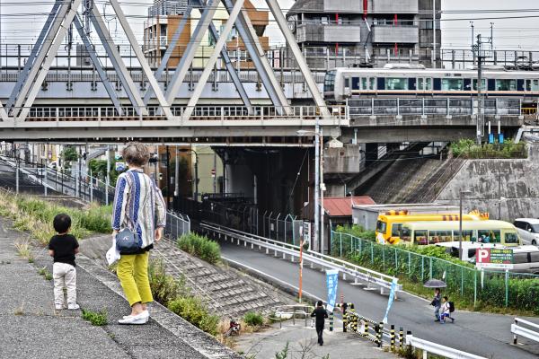 osaka umeda japan yodogawa train bridge