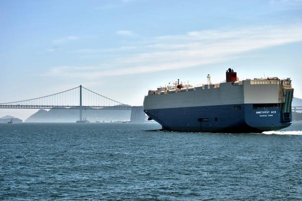 shikoku japan seto-naikai ship bridge seto-ohashi