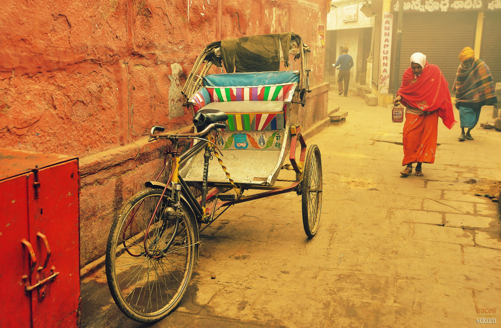 The rickshaw at the corner