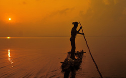 Morning song of a boatman