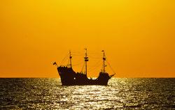 Sailing towards light